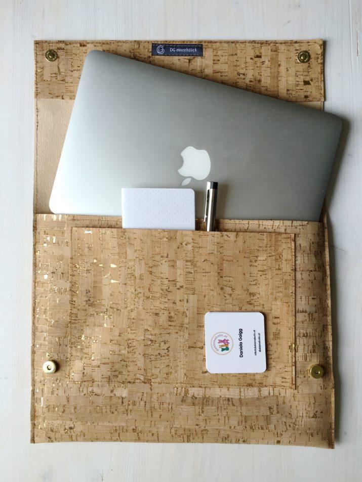 snaply-laptop-sleeve-kork-die kleine botin-2 Kopie