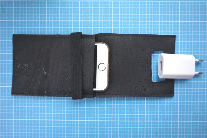 snaply-handyladestation-kork-die-kleine-botin-5
