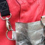 Karabiner richtig annähen – Anleitung Taschenzubehör anbringen