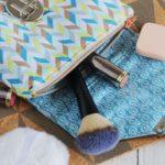 Kostenloses Schnittmuster: Kosmetiktasche mit Pinselfach nähen