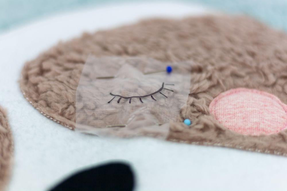 Faultier-Nackenkissen nähen –  Schnittmuster kostenlos