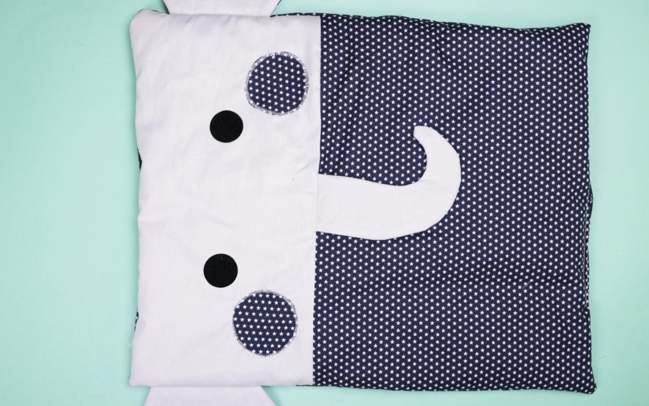 Babybett-Umrandung mit Tieren nähen – Schnittmuster kostenlos