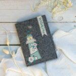 Mutterpass-Hülle aus Filz – kostenloses Schnittmuster  mit Appliziervorlage & Stickvorlage